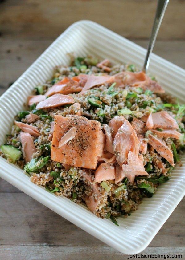 Lemon Dill Bulgur Salad with Salmon  @joyfulscribblings This salad makes a light yet hearty meal. #salmon #salad