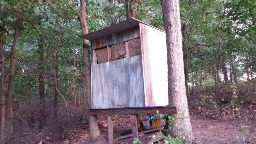 17 best images about diy blinds stands on pinterest a for Deer stand made from pallets