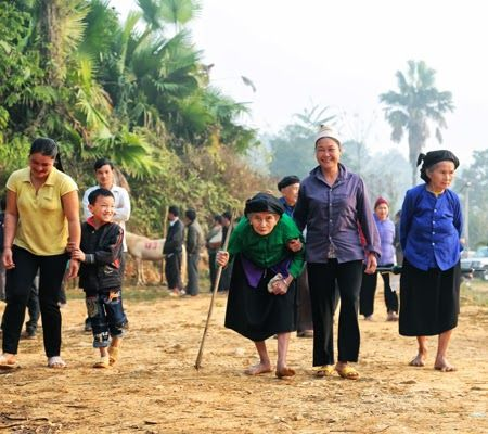 Những bức ảnh thưởng thức màn đấu ngựa đặc sắc ở Hà Giang 2014 ~ Ảnh Đẹp Du Lịch