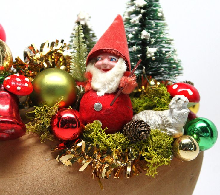 Woodland Elf's Christmas*Vintage Christmas Décor*Wooden Dutch Shoe Christmas Arrangement by Scrappybird on Etsy