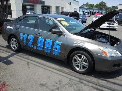 Get incredible savings on this quality pre-owned Honda Accord 2.4L!