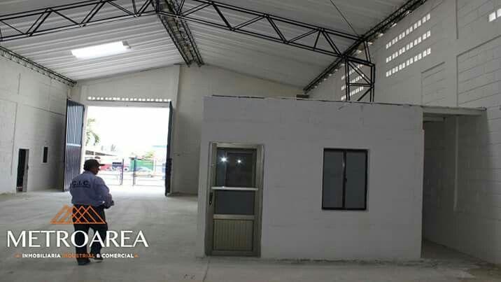 Siguenos en @metroareabaq @metroareabaq @metroareabaq #Metroarea #inmobiliaria #industrial #comercial #renta #venta #proyectos #bodegas #localesindustriales #locales #localescomerciales #oficinas #lotes #colombia #barranquilla #bogota #cartagena #santamarta #panama