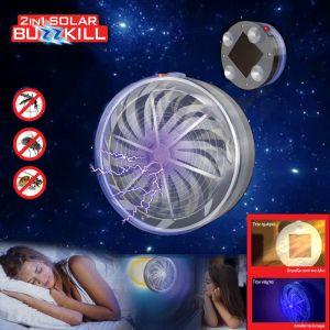 απο --> 12,95€ 9,95€ Buzz Kill Hλιακό Απωθητικό - Εξολοθρευτής για Έντομα   Φορτίζει την ημέρα, με την ηλιακή ενέργεια του ηλιακού συλλέκτη, και απωθεί τους ενοχλητικούς επισκέπτες τη νύχτα! Λειτουργεί χωρίς μπαταρίες ή βύσματα Με λάμπα UV Βεντούζες Super-Grip Χωρίς χημικές ουσίες Εύκολο Διακόπτη On / Off Διάμετρο: 10 cm /  Ύψος: 4,5 cm Συμπεριλαμβάνεται επαναφορτιζόμενη μπαταρία: AAA 1.2V 600 mAh Ni-MH Ηλιακό πάνελ: 5 x 5cm Χρόνος λειτουργίας: 8 ώρες