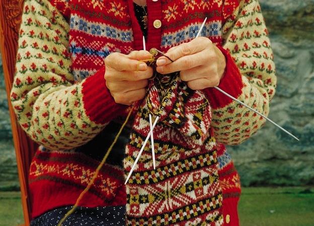 75 best Fairisle images on Pinterest | Knit patterns, Fair isles ...