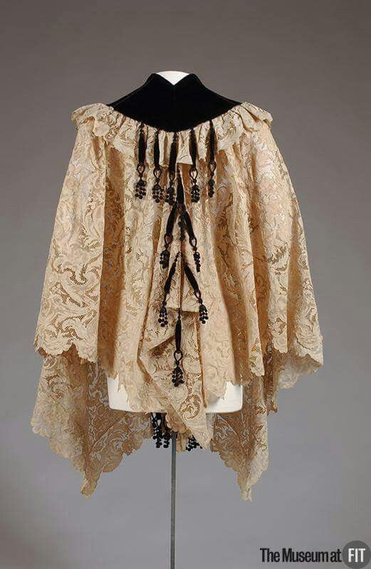 House of Worth lace cape 1898.