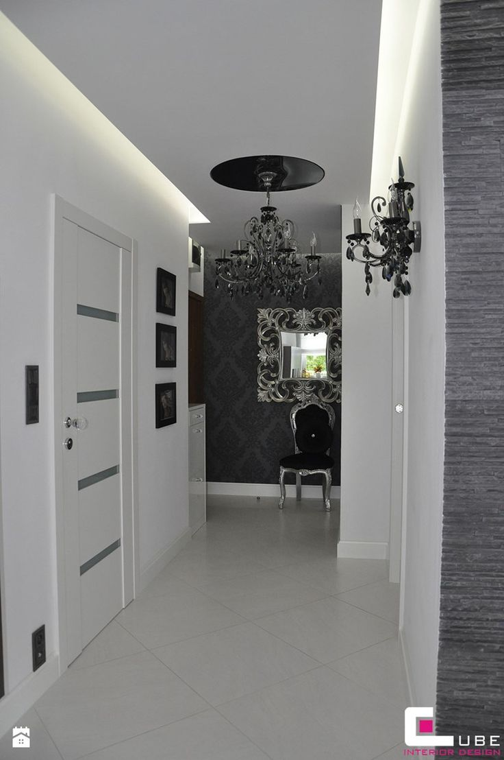 Aranżacje wnętrz - Hol / Przedpokój: Hol / przedpokój, styl glamour - CUBE Interior Design. Przeglądaj, dodawaj i zapisuj najlepsze zdjęcia, pomysły i inspiracje designerskie. W bazie mamy już prawie milion fotografii!