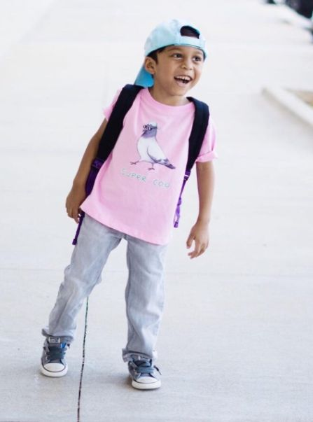 Kinderkleidung mit lustigem Aufdruck für das neue Schuljahr   Tiere   Illustration   kreativ   Kindermode