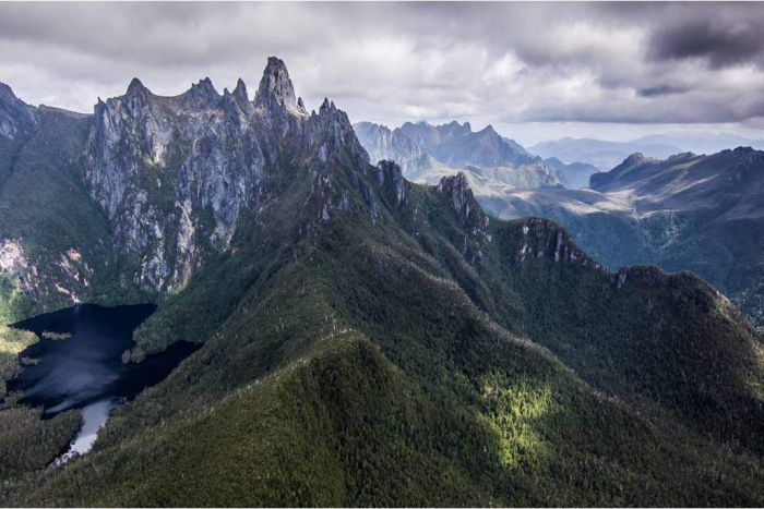 Lake Geeves in southern Tasmania | A proposal to improve access to Lake Geeves and Federation Peak in the Wilderness World Heritage Area has exposed division within Tasmanian environmentalists.
