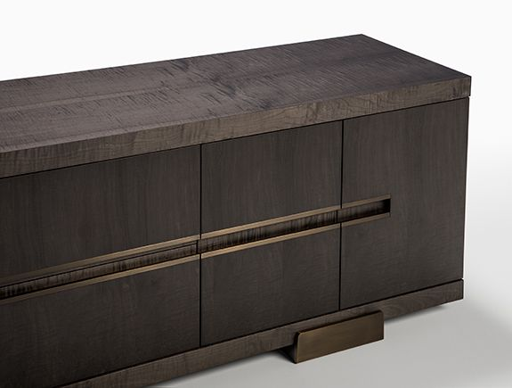 Bornero Credenza HOLLY HUNT
