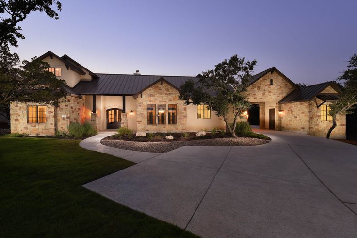 Extraordinary Property of the Day: A Hill Country Retreat in Newcombe Tennis Ranch • Listed by Amy Dutton http://goo.gl/odQmuB