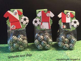 Anja Pauw's Hobbysite: Voetbalzakjes gemaakt van Ajax, Feyenoord en FC Ut...