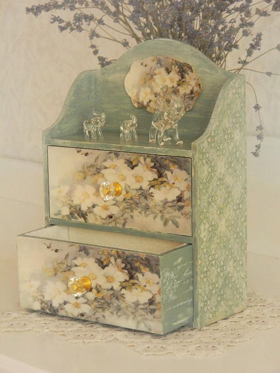 MAKEUP ORGANIZER VINTAGE Handmade chest of drawers jewelry