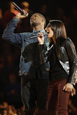 Usher and Michelle Chamuel Duet on the Live Shows, June 17, 2013