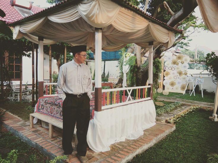 Saung Akad decoration
