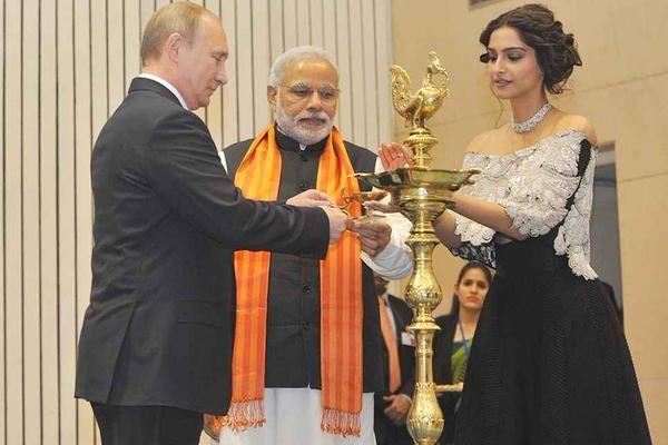When Sonam Kapoor shared the stage with Vladimir Putin and Narendra Modi | PINKVILLA