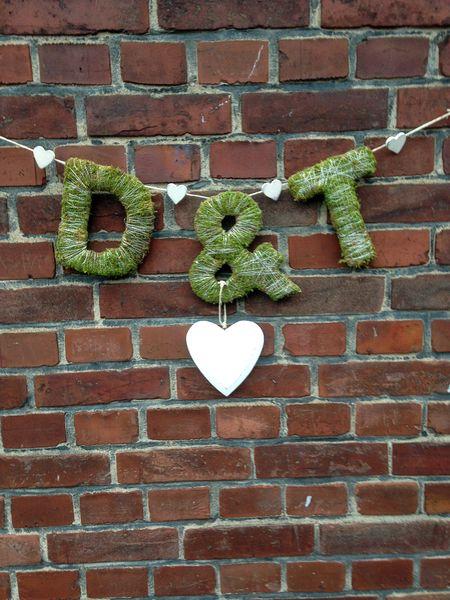 Hochzeitsgirlande Moos Buchstaben Initialien  von kunstbedarf24 auf DaWanda.com