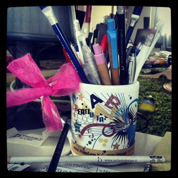 La tazza della creatvità....!!!    http://www.facebook.com/photo.php?fbid=4043594568448