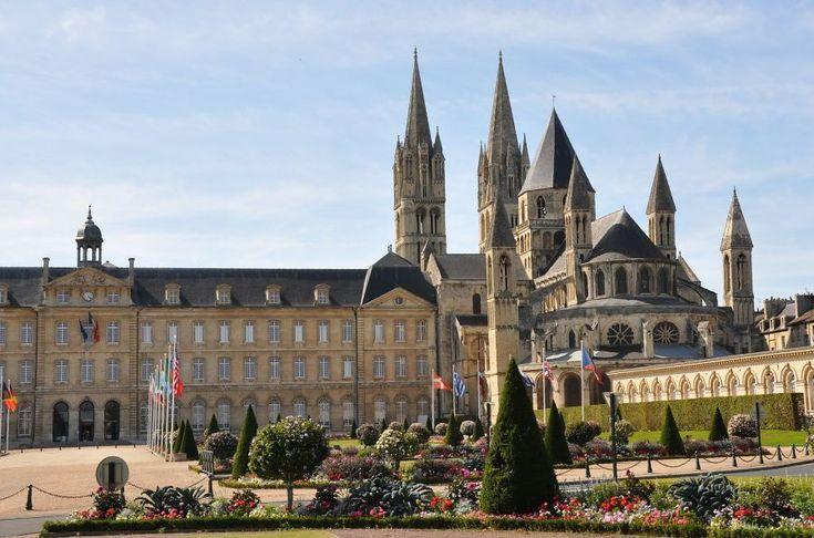 Eglise Saint-Etienne à Caen, Les travaux commencèrent en 1063 et finirent en 1070, contruite par Guillaume le conquérent