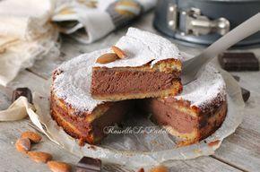 Torta Agata, alle mandorle e cioccolato. Una deliziosa torta alle mandorle e cioccolato che cuoce in forno già farcita.