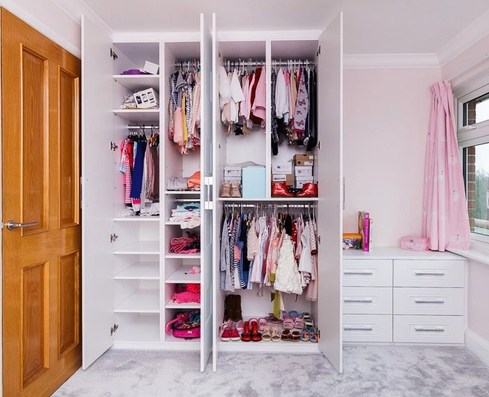 A Beautiful Children S Wardrobe Built To Store All Of Their Little Clothes The Handles Have A Lovely Spa Fitted Bedrooms Childrens Wardrobes Fitted Wardrobes