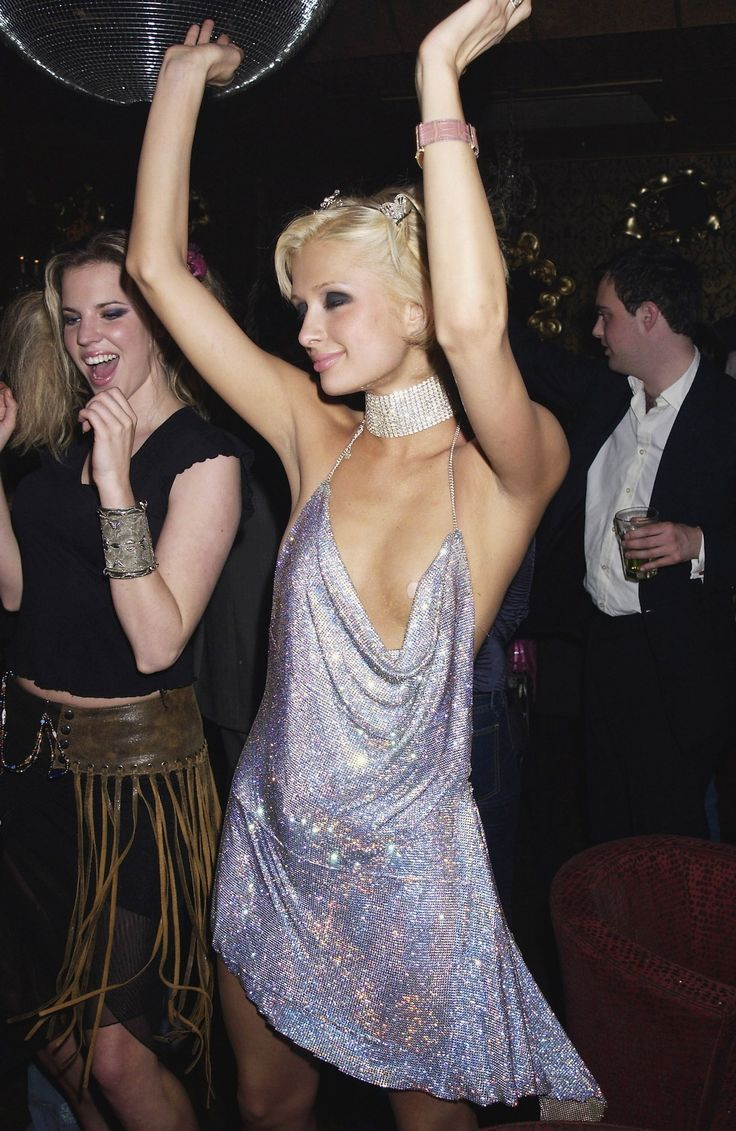 From Kate Moss to Paris Hilton: What 25 Famous Women Wore to Their Bir Photos | W Magazine