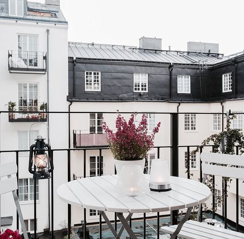 Gorgeous Ways To Incorporate Scandinavian Designs Into: 25+ Best Ideas About Paris Balcony On Pinterest