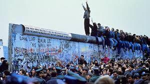 berlin duvarı ile ilgili görsel sonucu