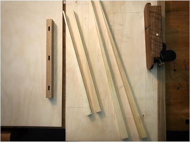 Episode 459 of An Unplugged Life is up! The Shooting Board Part 01. With the shooting plane complete its time to build a dedicated shooting board; Im going with an inclined surface for even wear across the plane iron and an adjustable fence for ease of upkeep and maintenance. Find all of the details on the Unplugged Woodshop website. #theunpluggedwoodshop #anunpluggedlife #woodworking #handtools #madebyhand #shopmadetools #makeityourself #torontolife #416 #torontomakers #woodworkingincanada…