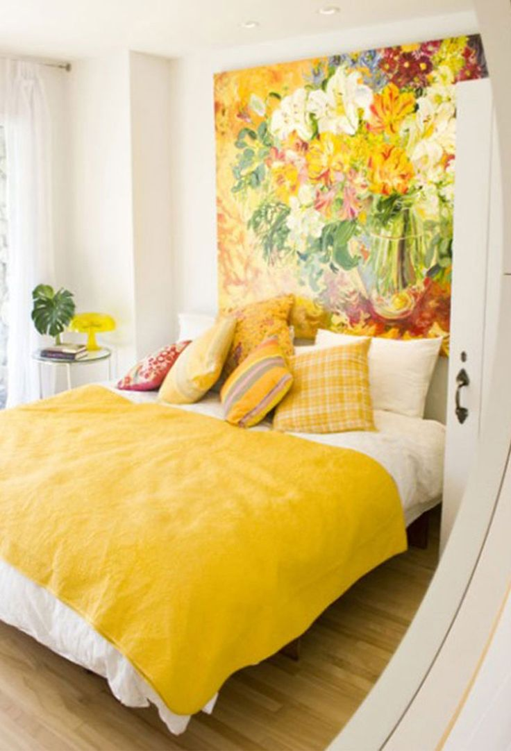 Paint A Masterpiece Or Color Block A Faux Headboard That Hangs Overhead And  Frames Your Bed. Itu0027s An Easy ...