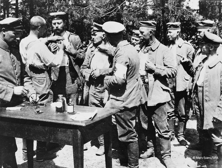 German combatants on the Russian Front being vaccinated against cholera.