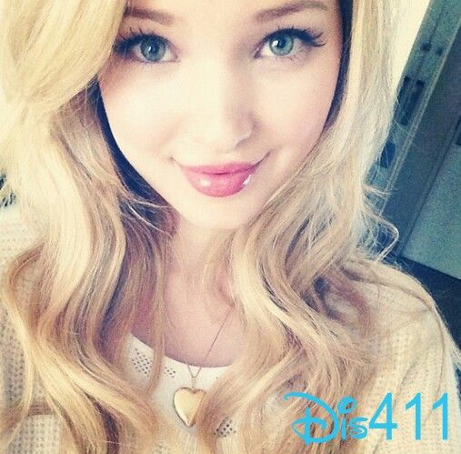 Dove Cameron! Love her hair! one of her moments <3