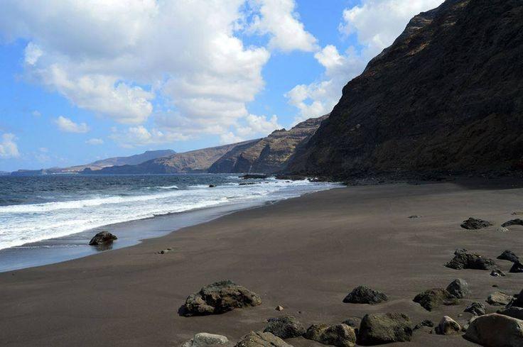 Faneroque (Playa del Roque Faneque), Gran Canaria, Spain. Pic from Wild Horses.