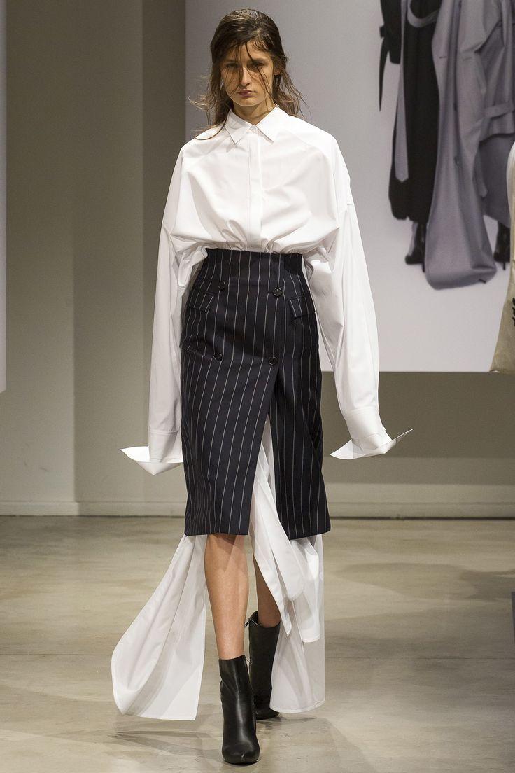 Juun.J Spring 2018 Menswear Fashion Show Collection