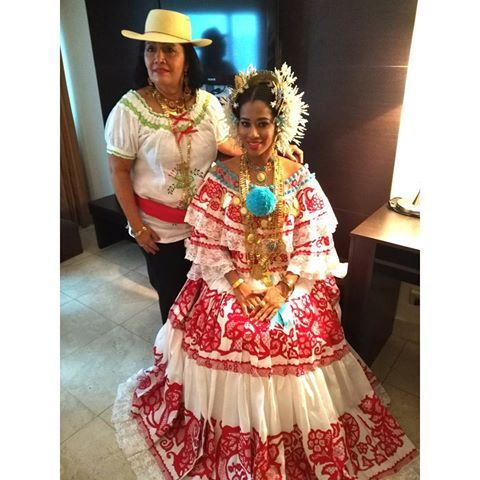 La Pollera y su belleza Feliz día a el mejor traje típico de mundo @esoterica.tarot507 #tiamale  Viva Panamá y Viva Los Santos  #diadelapollera#lossantos#lindaempollerada#lastablas#pedasi#lapollera#festivalnacionaldelapollera#santalibrada#panama
