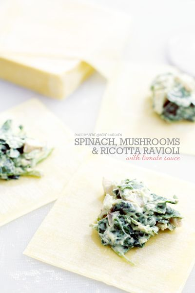 Spinach, Mushrooms & Ricotta Ravioli with Tomato Sauce