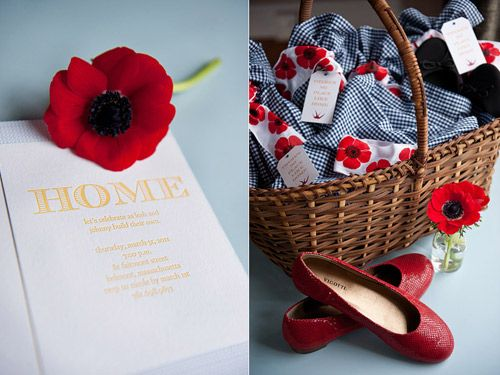 Themes Archives » WedLoft   Not wild about Wizard of Oz, but I could see the poppy being cute
