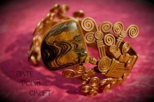 arm bracelet made in copper with stromatolite