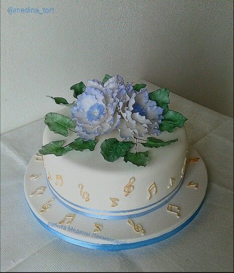 Голубые анемоны;  dekor-tort.livemaster.ru