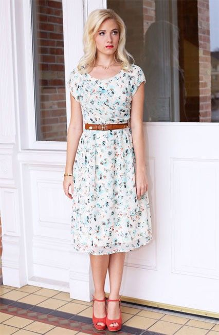 22 Best Retro Dresses Images On Pinterest Modest Clothing Retro Dress And Vintage Clothing