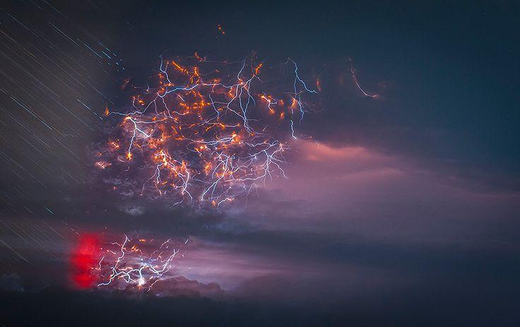 superbes images d une eruption volcanique au chili 4   Splendides photos dun orage volcanique   volcan photo orage lave image Francisco Negr...