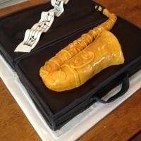 alto-saxophone cake!!! hello... perfect birthday cake