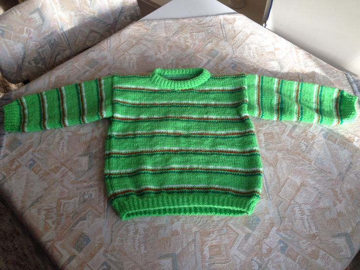 Green striped hand knitted kids sweater - Groen gestreepte handgebreide kindertrui
