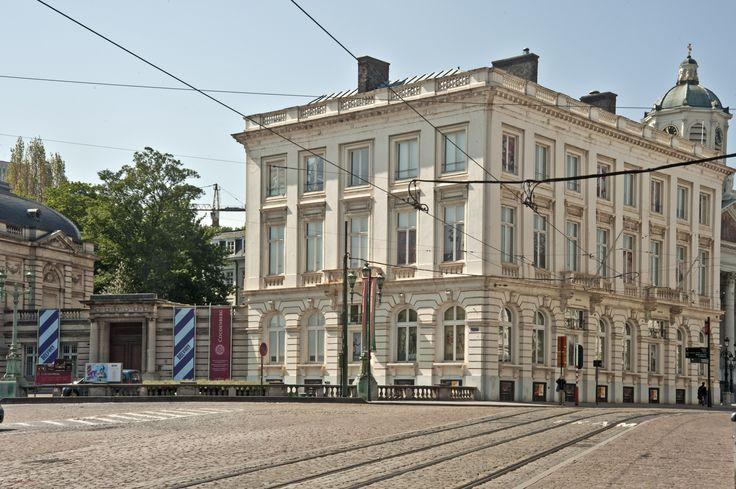 Het belvue museum gelegen op een wip van de kunstberg. Het museum herbergt de geschiedenis van België en zijn koningen.