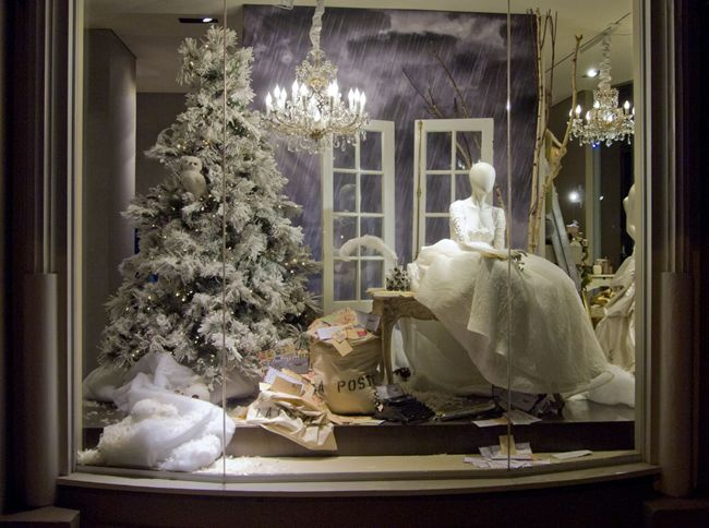 17 Best Images About Window Displays On Pinterest