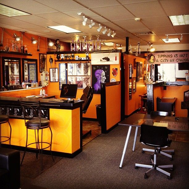 Tattoo Studio Ideas Pinterest: 17 Best Ideas About Tattoo Shop Decor On Pinterest