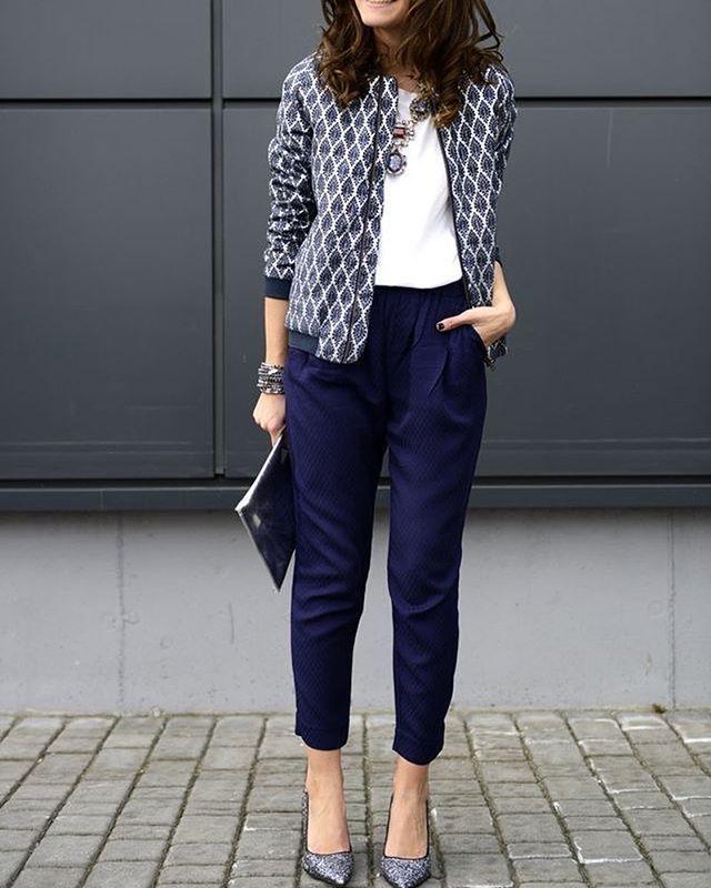 #styleinspiration cigarette pants + statement jacket #academic #instadaily #ootd #style #stylishacademic