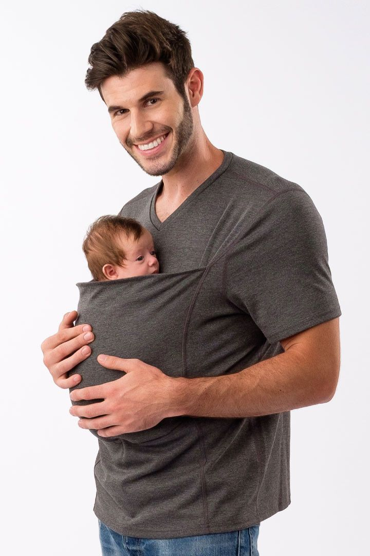 Free Shipping to the U.S. & Canada. EU, UK, Australia & New Zealand starting at $10 USD. The first babywearing shirt for dads that lets you wear baby simply. It makes it easy to win as a new dad! The