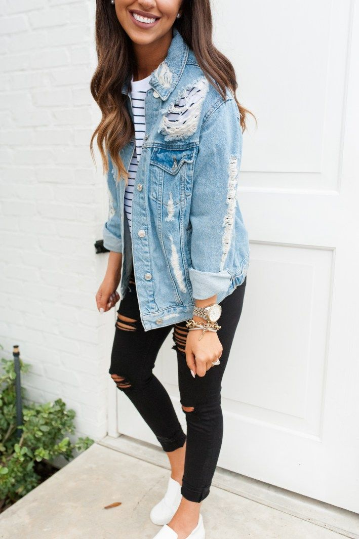 Denim jacket + black ripped jeans | super comfy casual women's style | #casualstyle #womensfashion #denimjacket