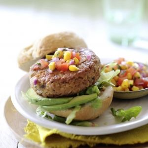 Tonijnburger met Salsa