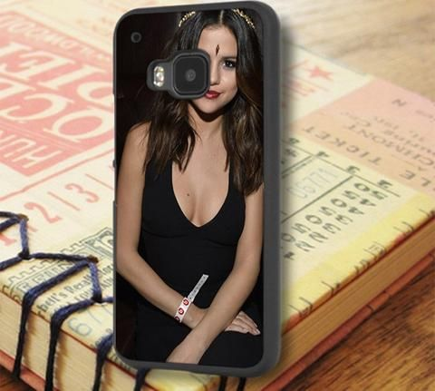Selena Gomez Beautiful Indian Dress HTC One M9 Case